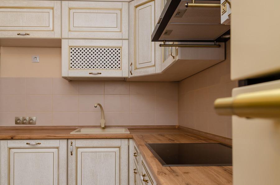 Белый кухонный гарнитур-Кухня из шпона «Модель 4»-фото4