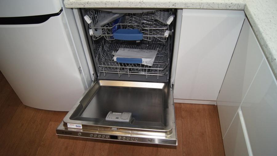 Белый кухонный гарнитур-Кухня МДФ в эмали «Модель 286»-фото4