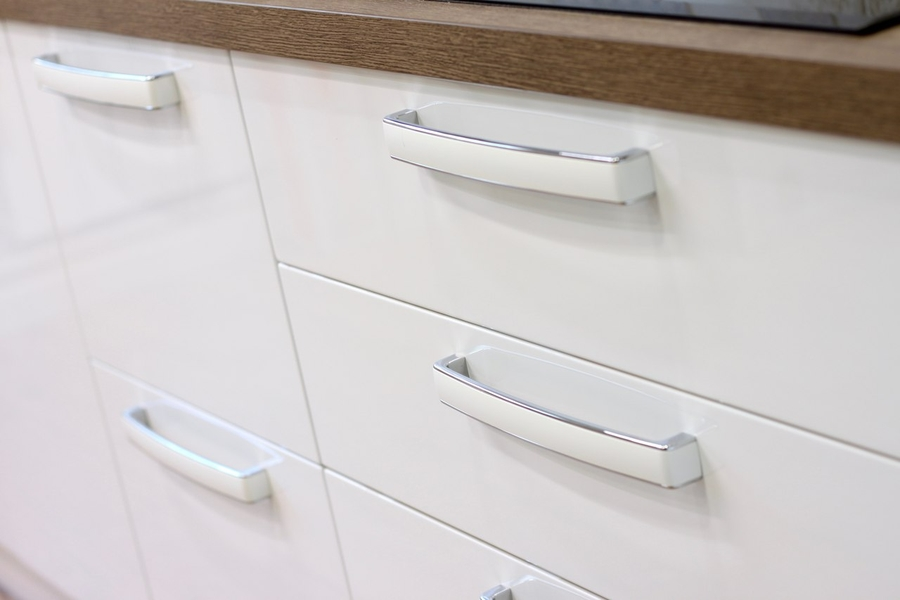 Белый кухонный гарнитур-Кухня МДФ в эмали «Модель 289»-фото9
