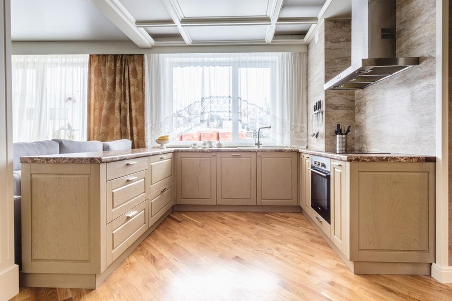 Бежевые кухни-Кухня из массива дуба «Модель 403»-фото1