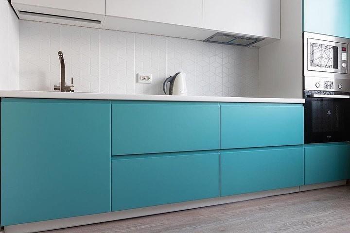 Белый кухонный гарнитур-Кухня МДФ в эмали «Модель 584»-фото2