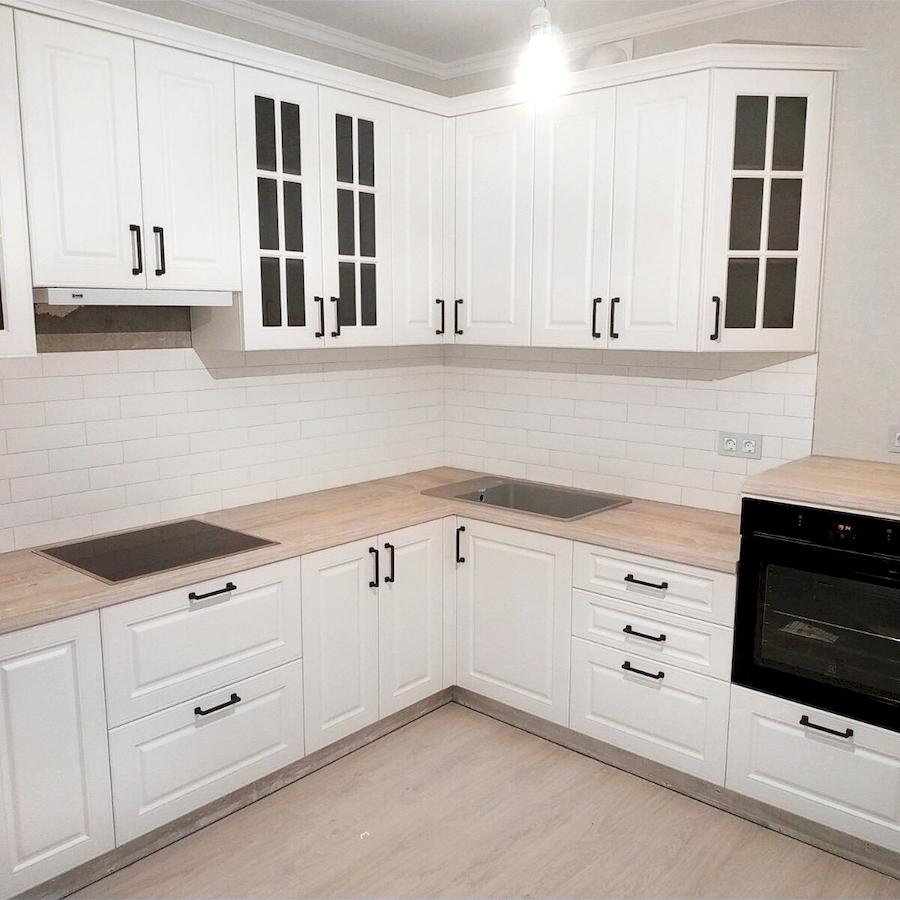 Белый кухонный гарнитур-Кухня МДФ в ПВХ «Модель 598»-фото1