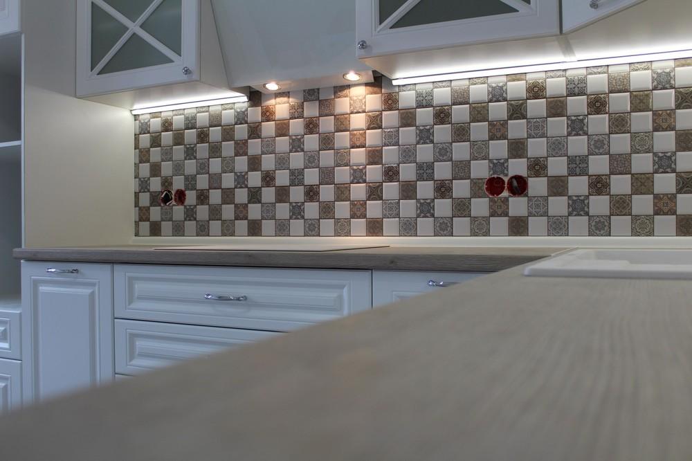 Белый кухонный гарнитур-Кухня МДФ в ПВХ «Модель 82»-фото3