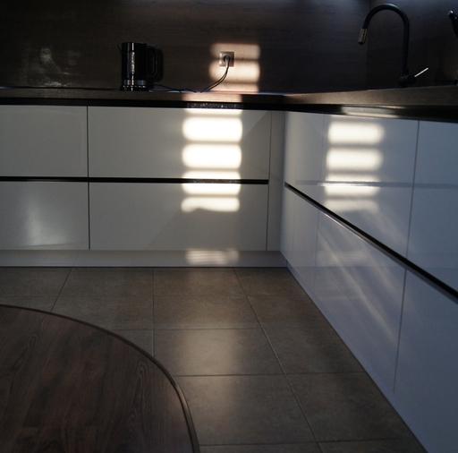 Белый кухонный гарнитур-Кухня из пластика «Модель 270»-фото7